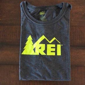 REI logo tee